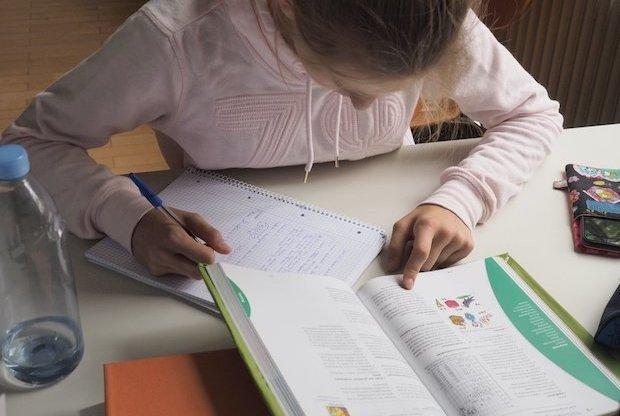 Заработок для школьника 12 лет на выполнении домашнего задания
